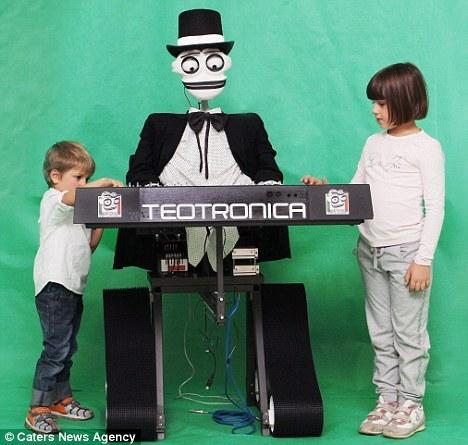 Teotronica历时4年研制,造价超过3000英镑(约合4735美元)